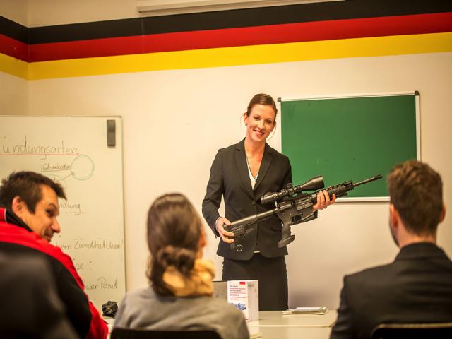 ausbildung-zum-personenschuetzer-und-bewaffneter-sicherheitsdienst-berlin